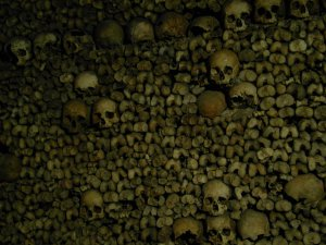 catacombs-of-paris-722327