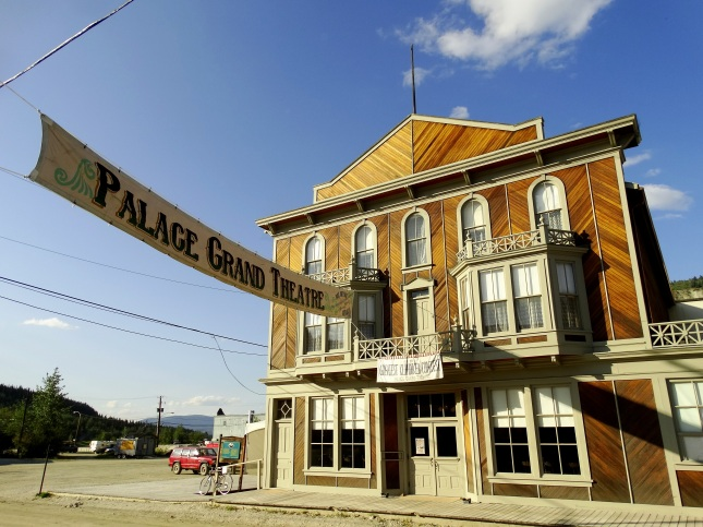 Palace_Grand_Theatre_at_Sunset_-_Dawson_City_-_Yukon_Territory_-_Canada
